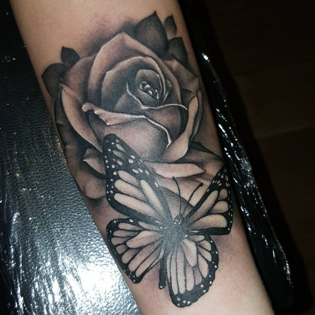 Roses tattoo shoulder tumblr 1000 geometric tattoos ideas -  Geometric Tattoo Designs Erfly And Rose Tattoo Tattoo Collections Erfly Tattoos