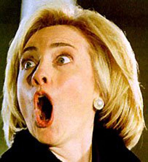 Почему у клинтон всегда открыт рот
