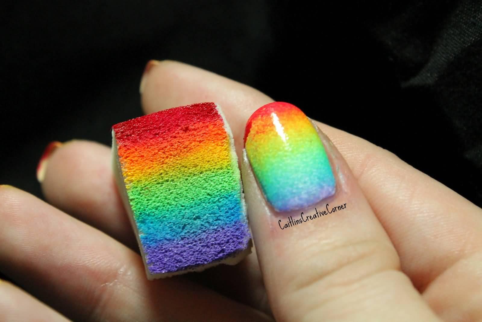 Как накрасить ногти губкой