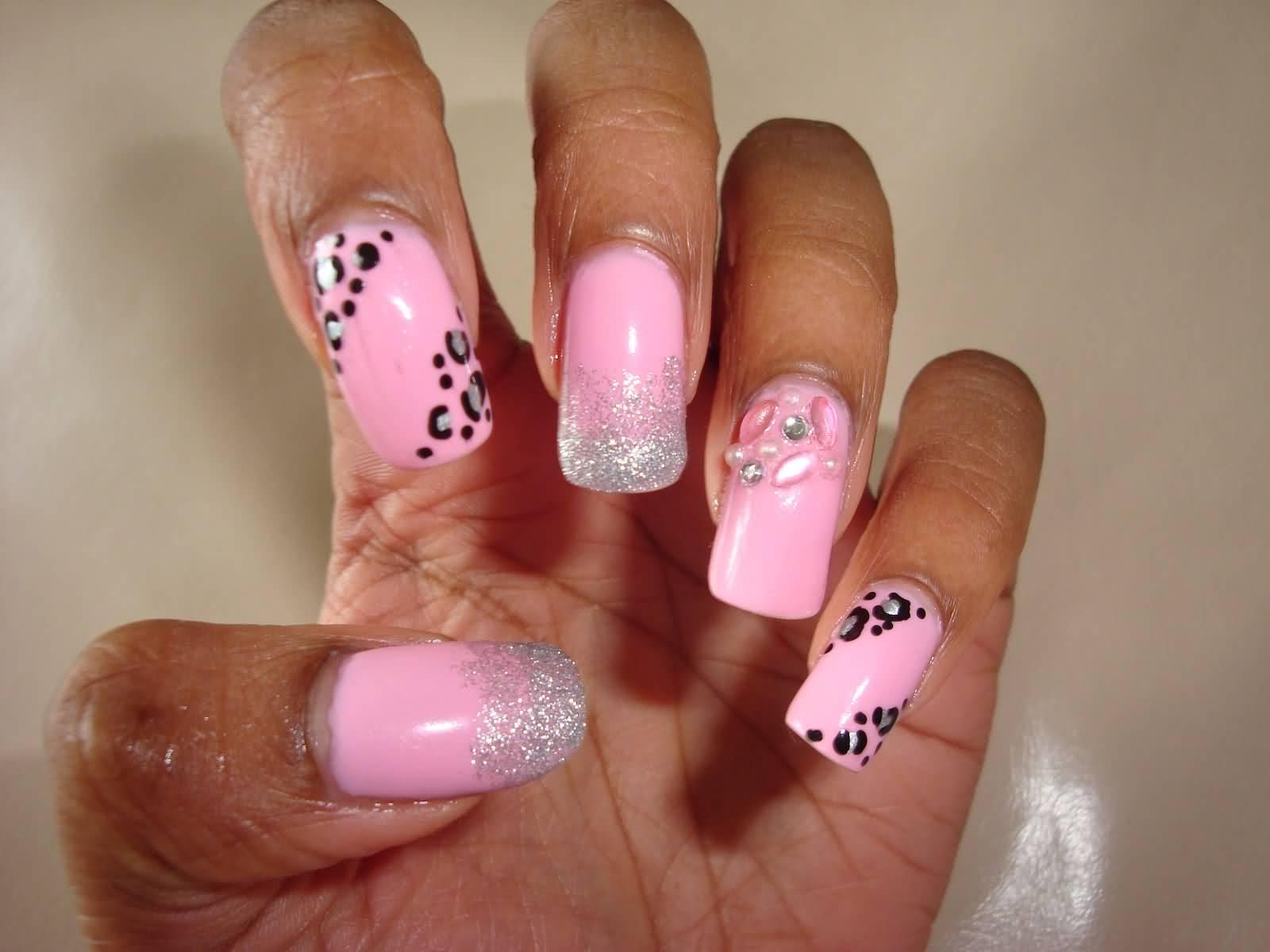 Фото ногтей с рисунками розовые