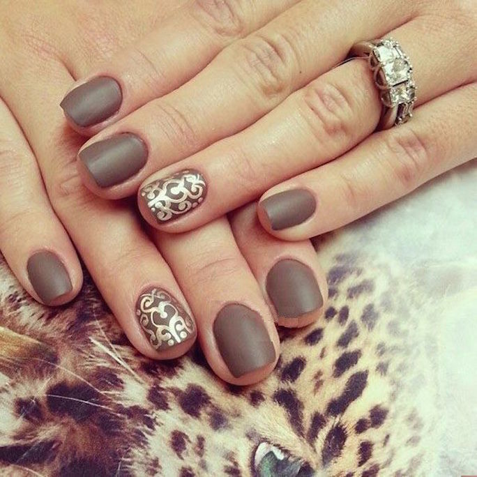 Ногти коричневый дизайн