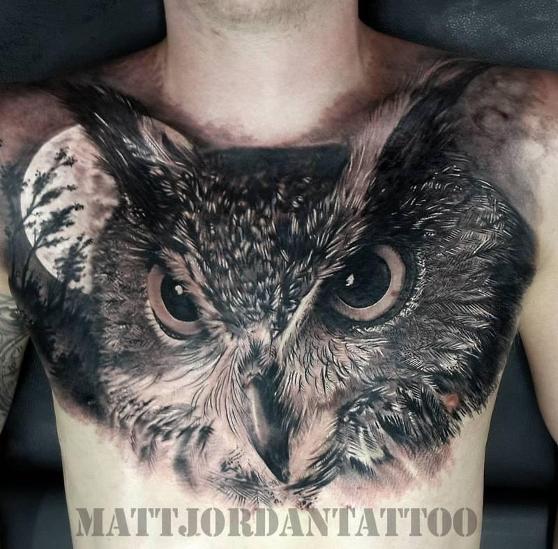 Значение тату сова на груди