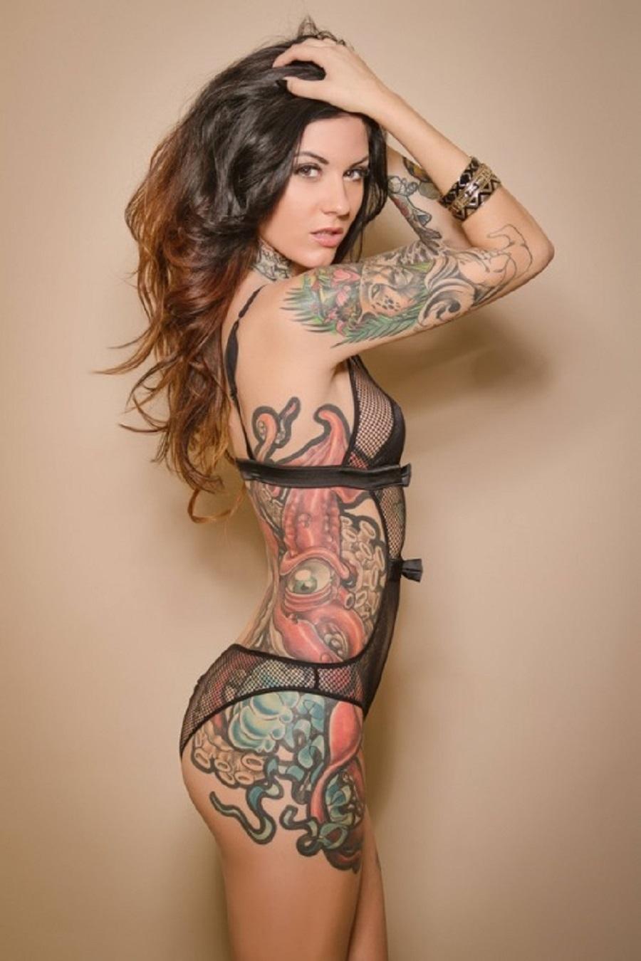 Fine Latina babe with tattoos Sydnee Taylor cockers her intimate flesh № 66501  скачать
