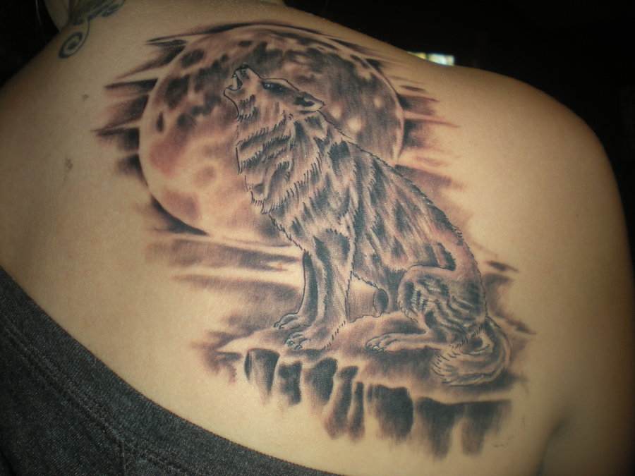 76+ Meaningful Wolf Tattoo Designs & Ideas For Back