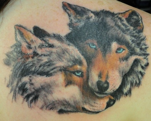 c281ac0fe082d 76+ Meaningful Wolf Tattoo Designs & Ideas For Back