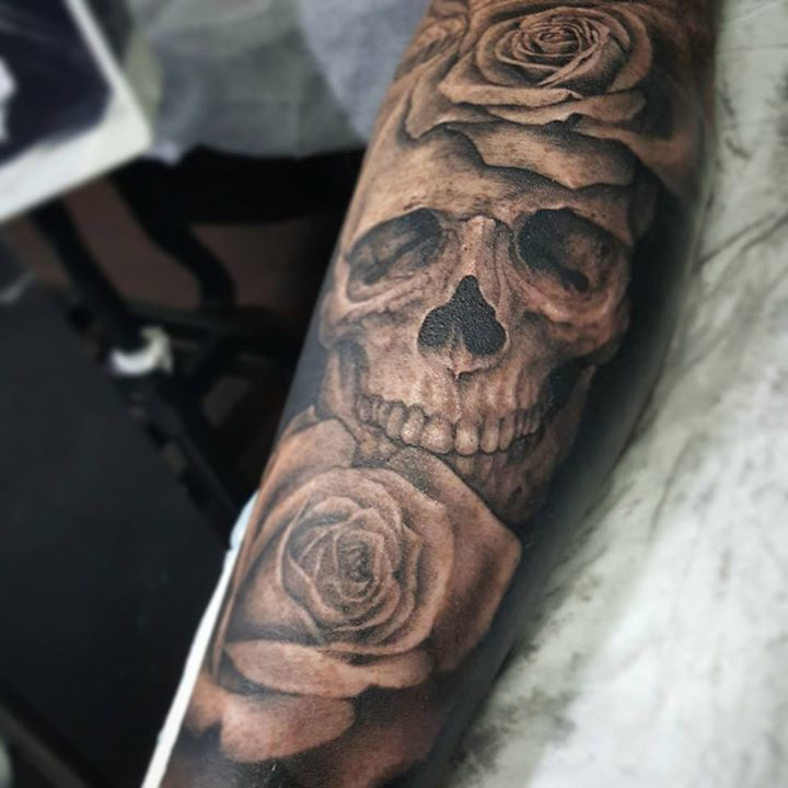 Skull With Roses Tattoo By Samm Lacey