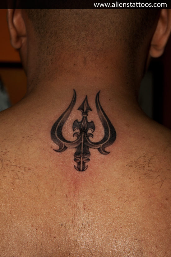 trishul tattoo on upper back by aliens tattoos mumbai. Black Bedroom Furniture Sets. Home Design Ideas
