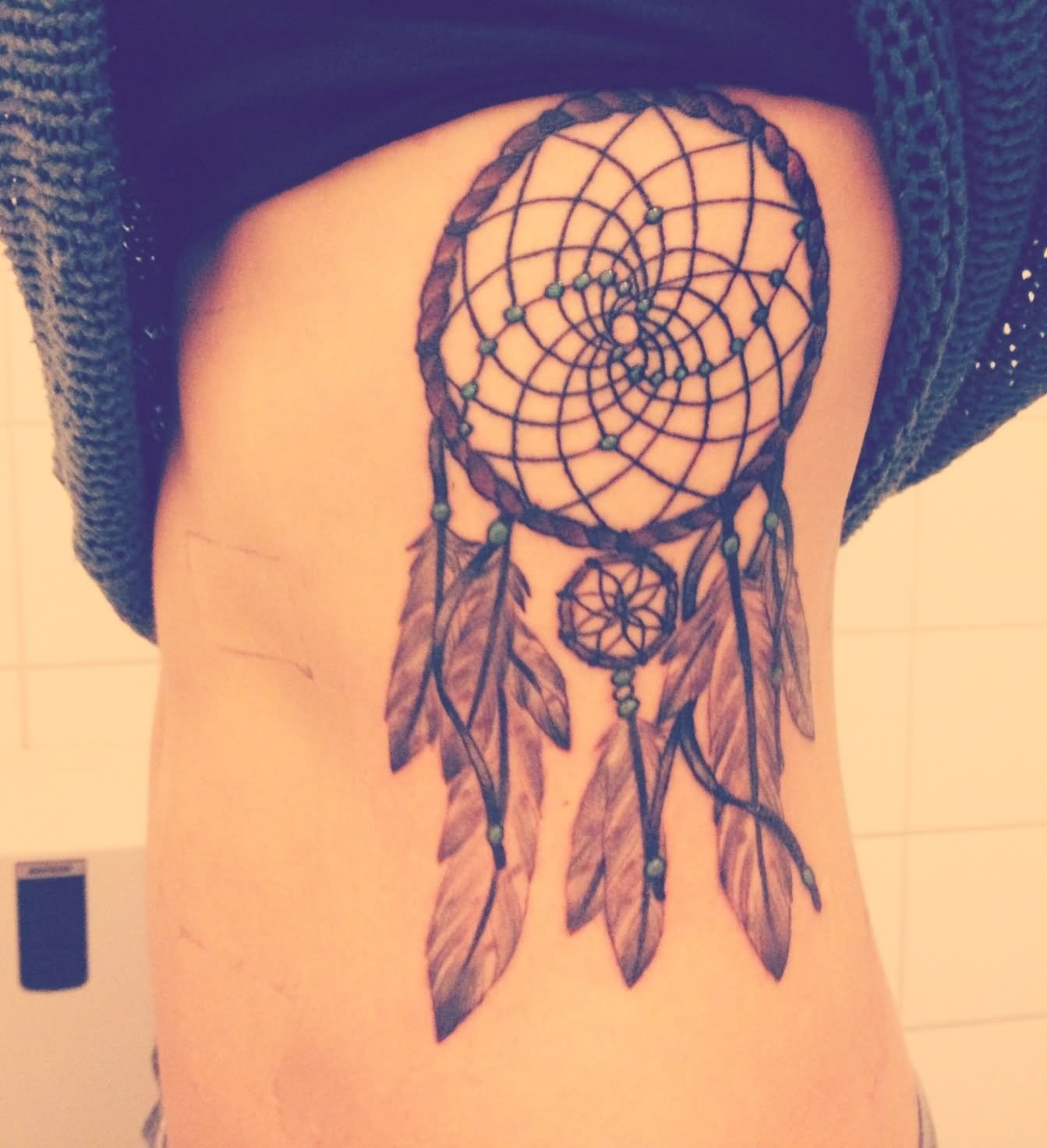 Dream Catcher Tattoo On Rib Cage Girl With Dreamcatcher Tattoo On Rib Cage 8