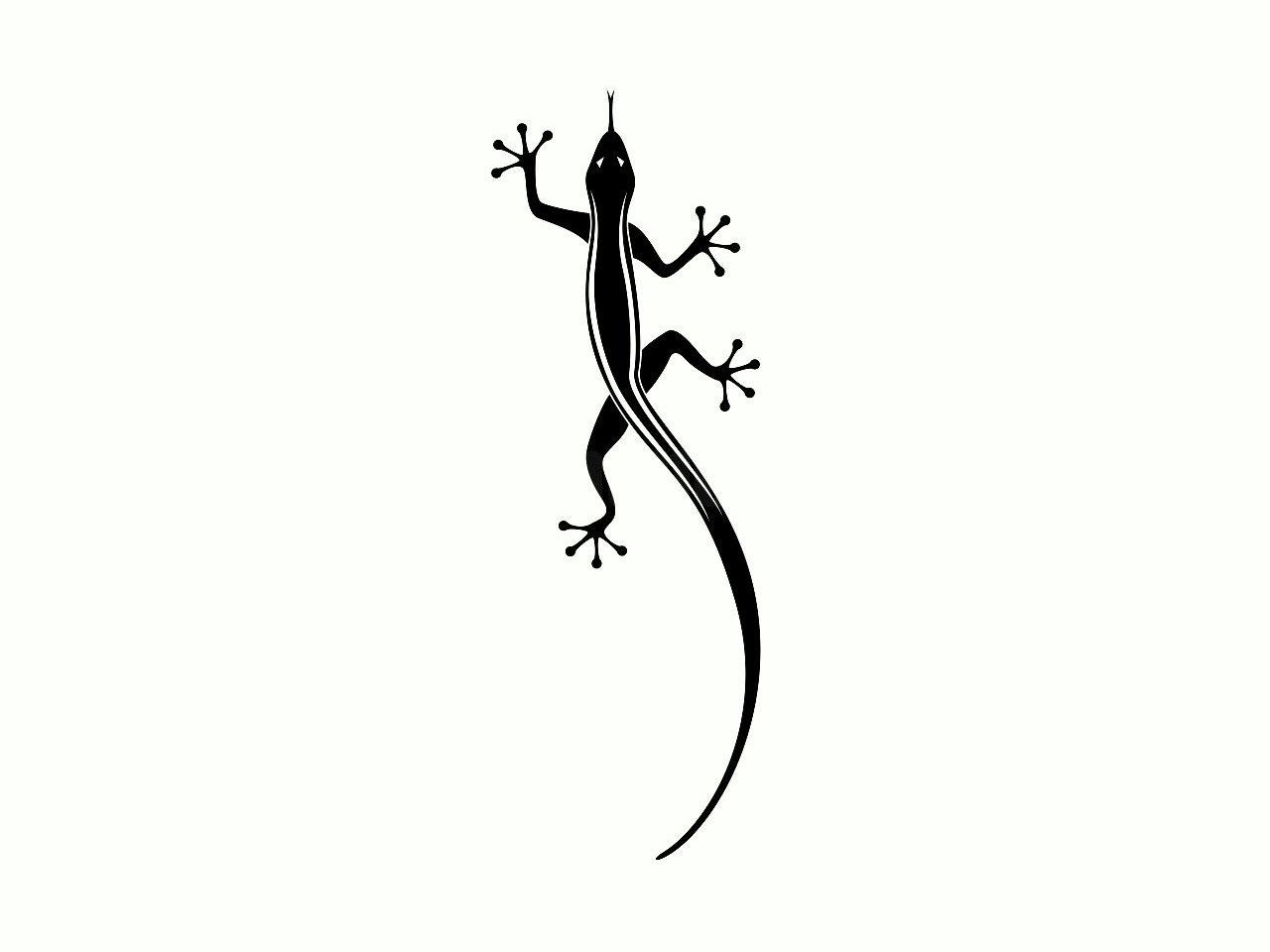 22 Wonderful Lizard Tattoo Designs