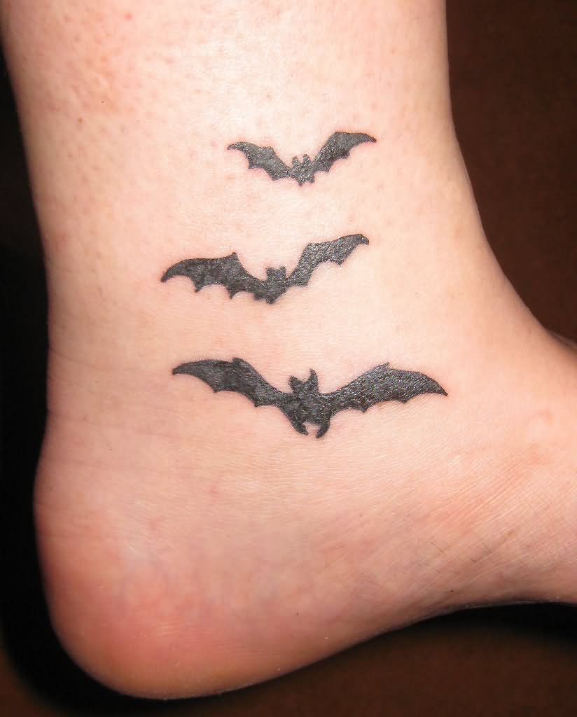 Black Tiny Bat Tattoo On Finger: 15+ Cool Bat Tattoo Images And Design Ideas
