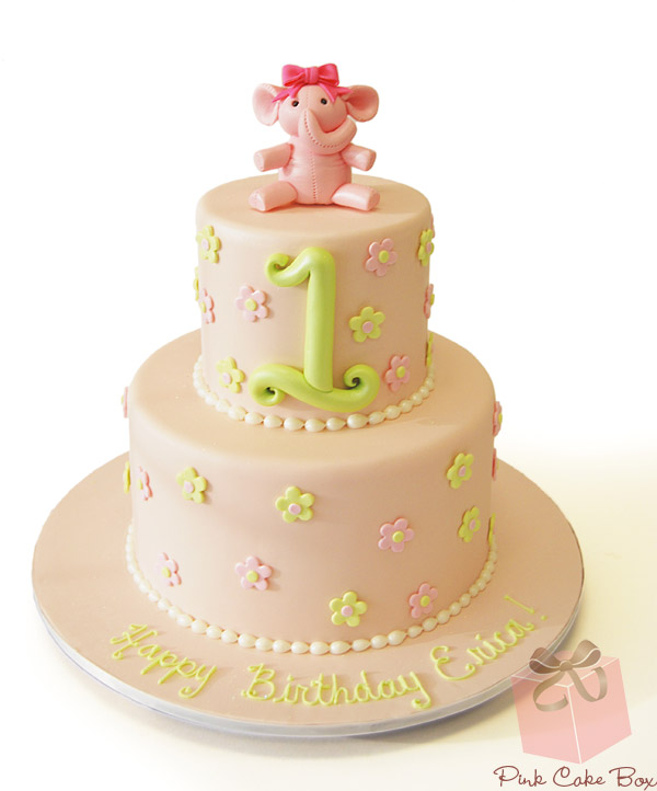 32 Over The Top First Birthday Cakes: 32 Most Beautiful Birthday Cakes
