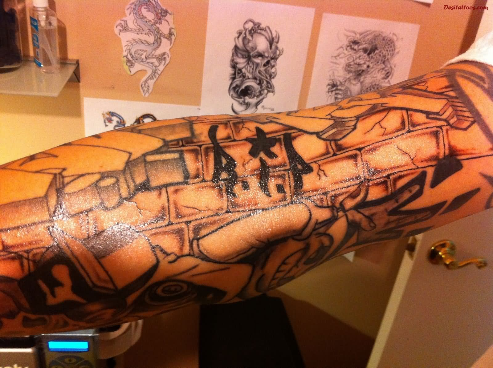 30 Graffiti Tattoo Images Pictures And Designs Ideas