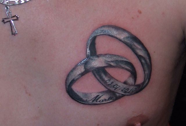 25 classic ring tattoo images designs and picture ideas