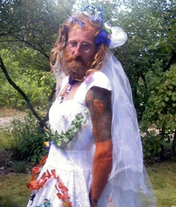 Funny Old Woman Wedding Gowns: Old Man In Bride Dress Funny People