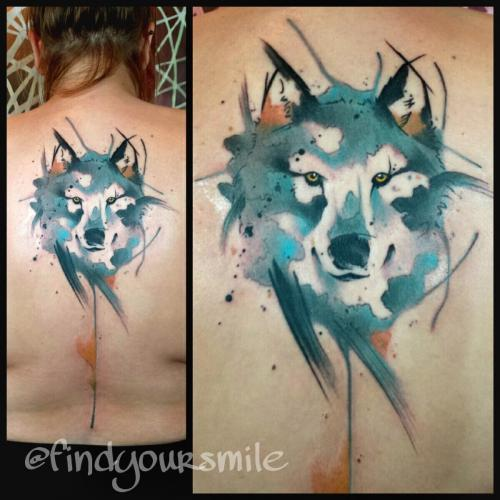 Watercolor Wolf Head Tattoo On Man Upper Back