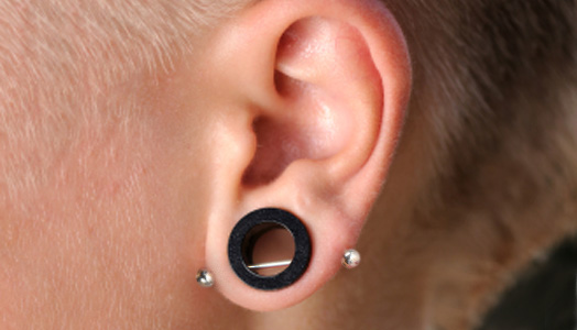 18 Transverse Lobe Piercing Images Gallery