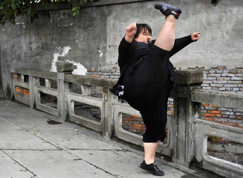27 Most Funny Kick Images Karate Kid Kick Gif