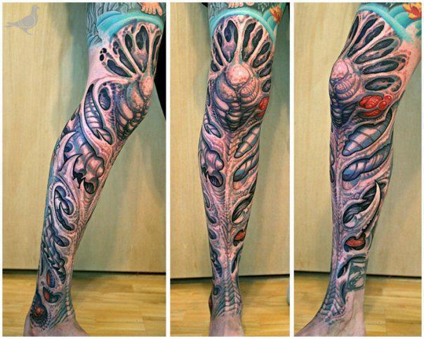 Amazing 3D Ripped Skin Tattoo On Full Leg
