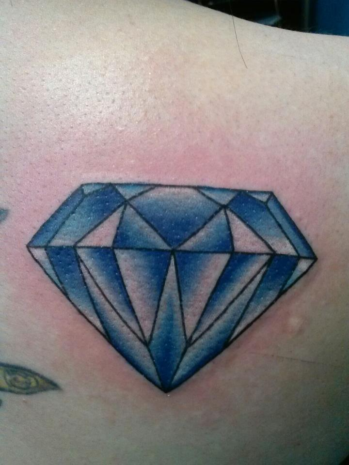 22 Diamond Tattoo Images, Pictures And Ideas