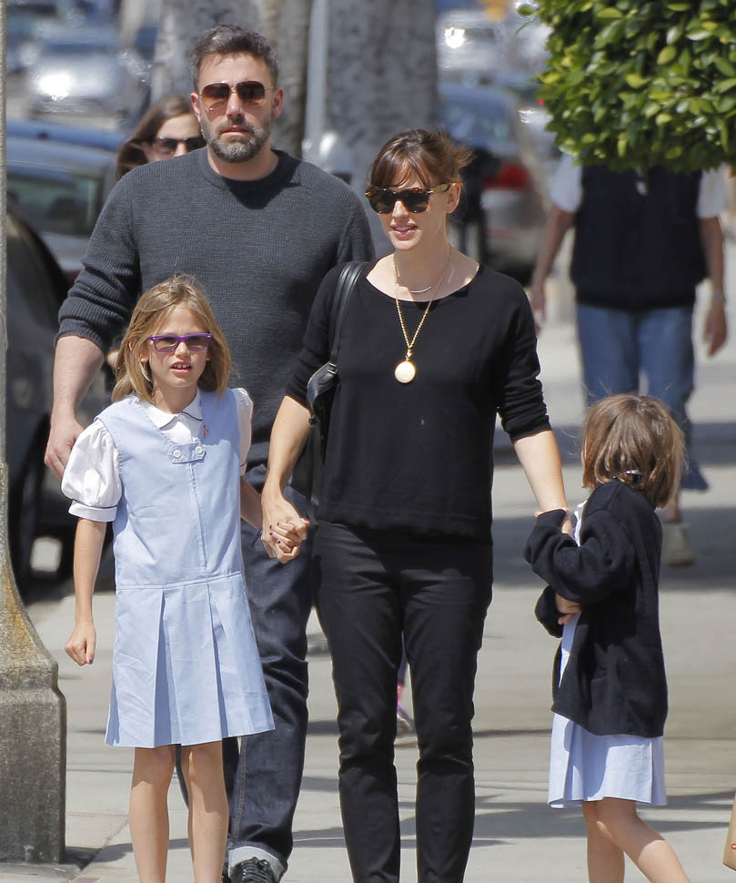26 Photos and Images of Celebrity Couple Ben Affleck and ...