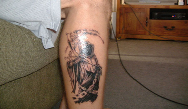 49214ac410ef0 Simple Black Ink Wheat Tattoo On Right Leg Calf