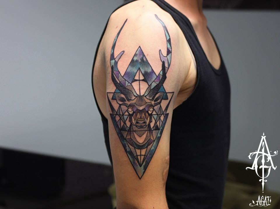 Geometric Deer Head Tattoo On Man Right Shoulder