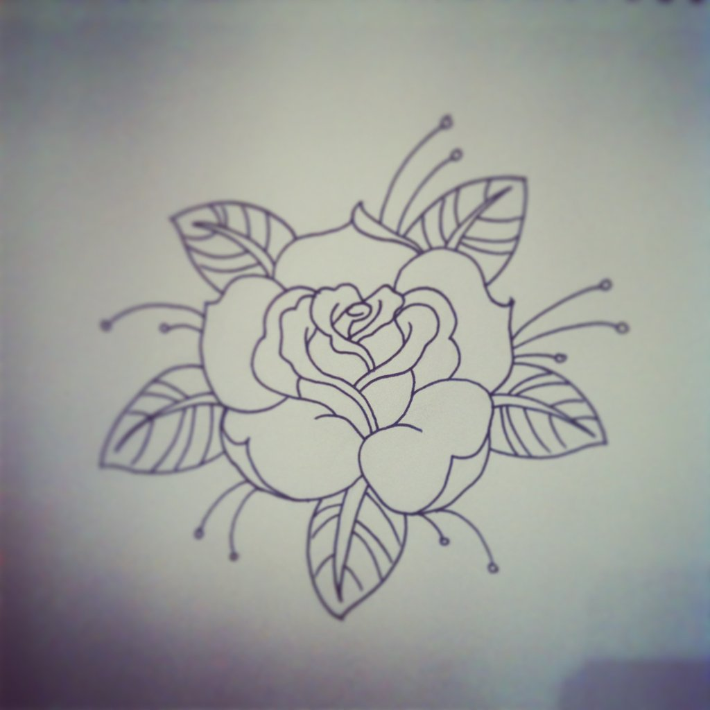 2019 year style- Traditional American rose tattoo designs