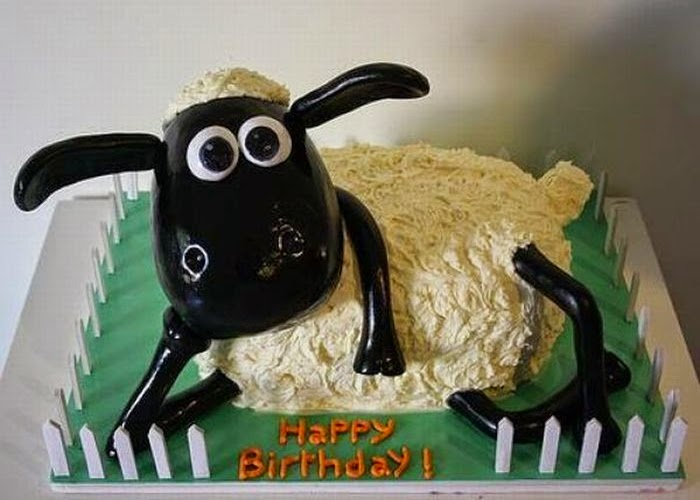 Funny Sheep Cake Picture