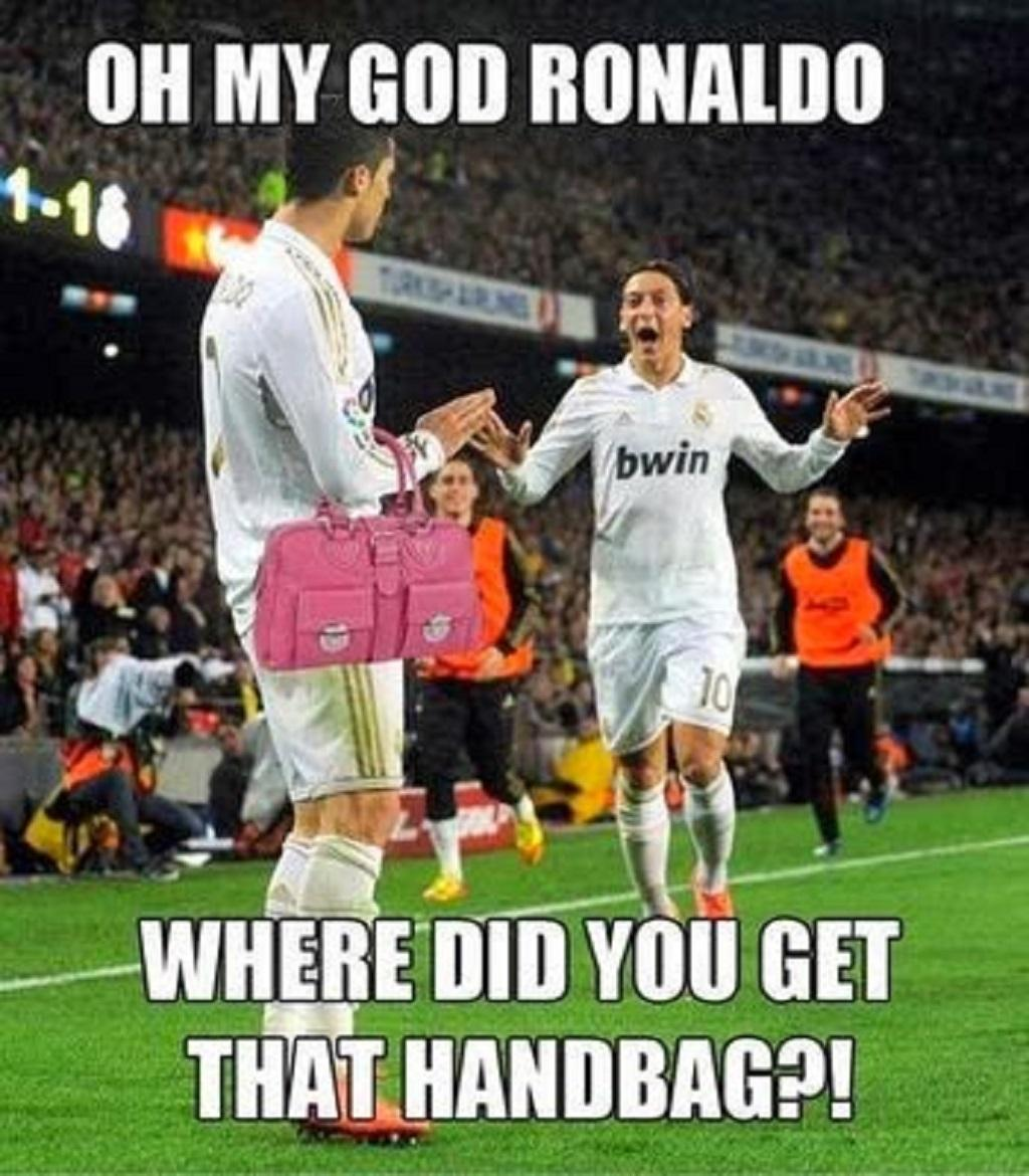 20 Very Funny Soccer Images And Photos