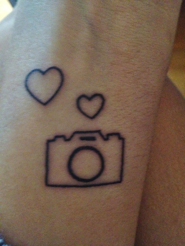30 camera tattoo images pictures and design ideas for Black heart outline tattoo meaning