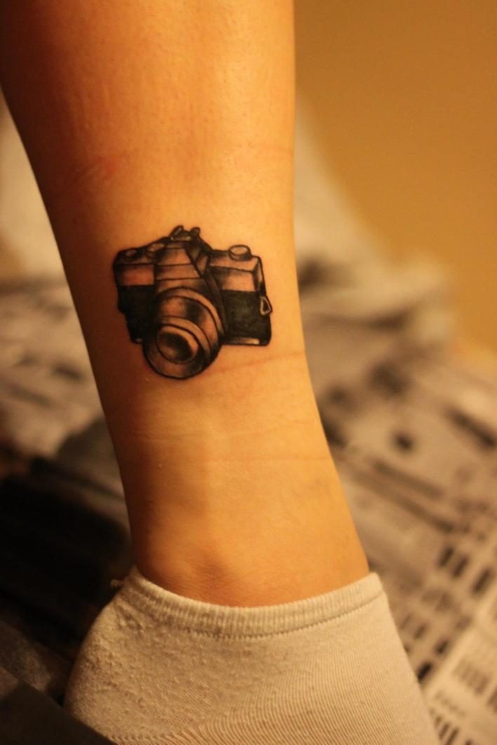 Small Grey Tattoo: 30 Camera Tattoo Images, Pictures And Design Ideas