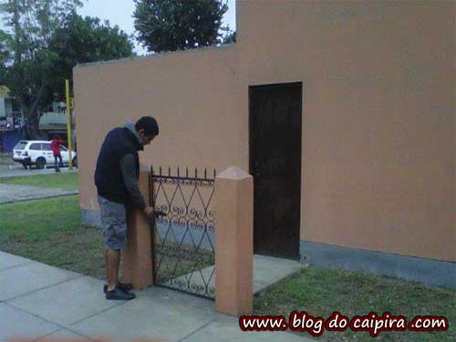 Funny Home Security Picture