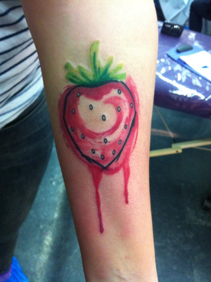 unique real heart strawberry tattoo on thigh by cory dax cartwright. Black Bedroom Furniture Sets. Home Design Ideas