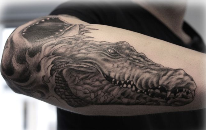14 awesome crocodile tattoo images pictures and ideas. Black Bedroom Furniture Sets. Home Design Ideas