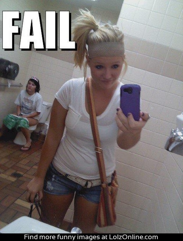Funny-Fail-Selfie-Image1.jpg