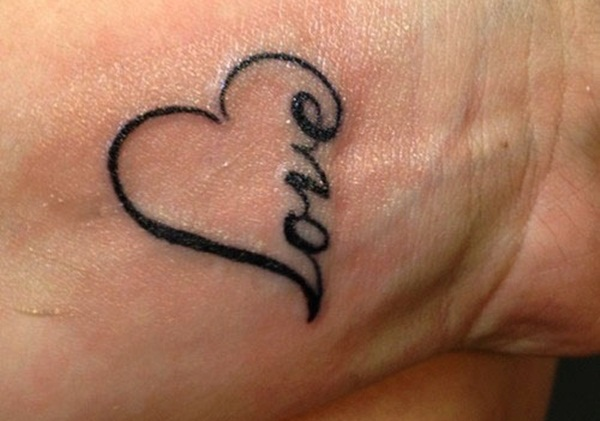 23 Simple Heart Tattoo Images Pictures And Designs
