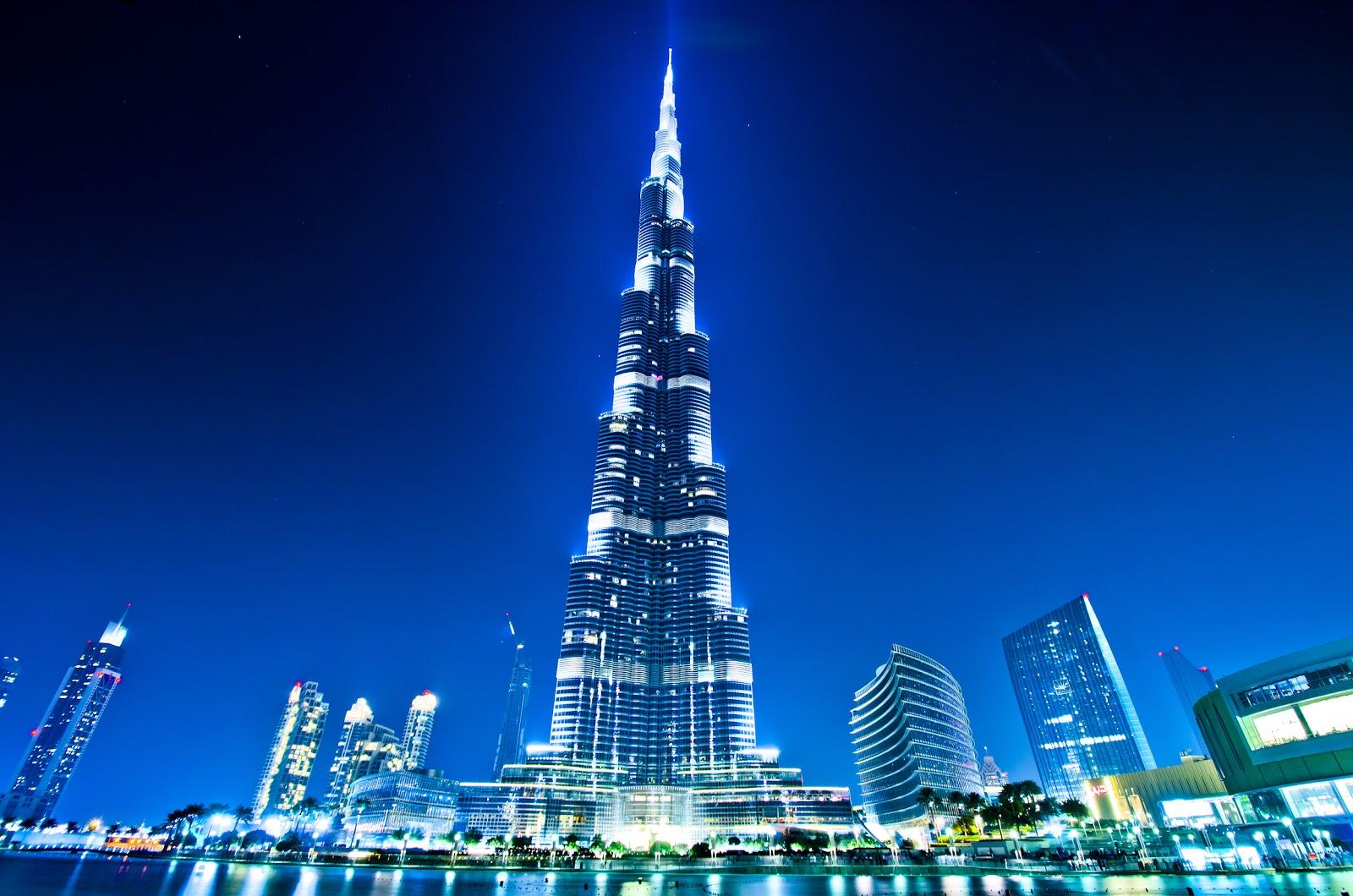 World S Tallest Building Burj Khalifa Dubai At Night