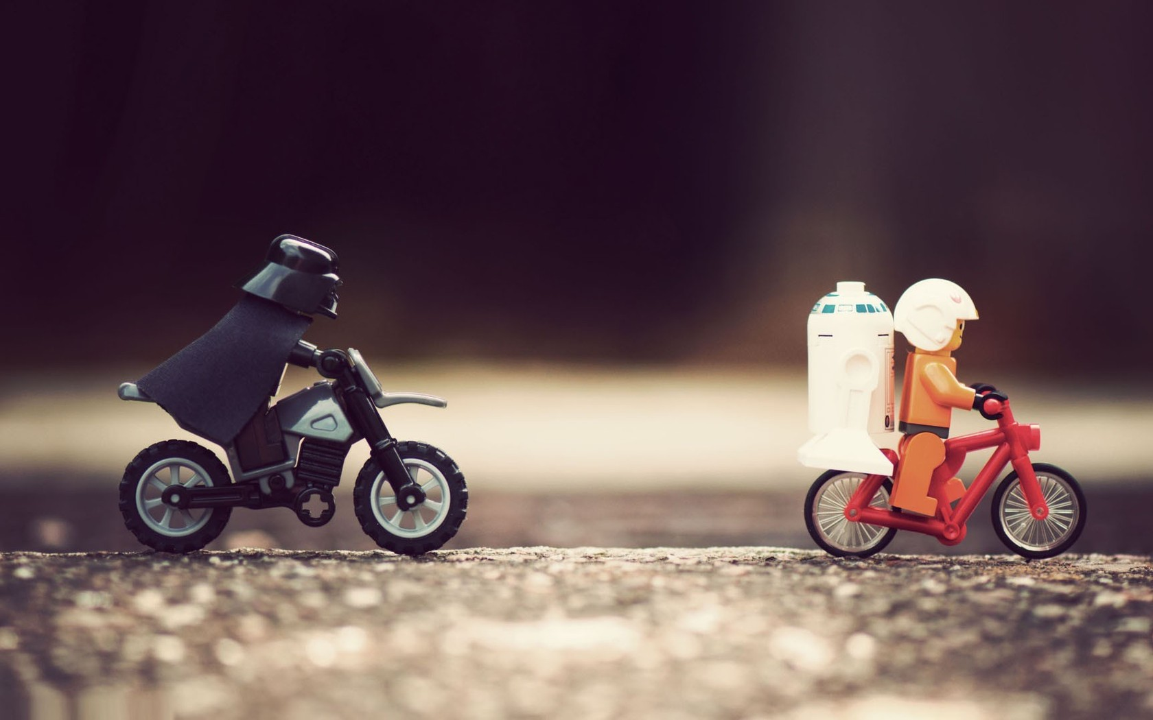 darth vader comes out from keyboard funny wallpaper