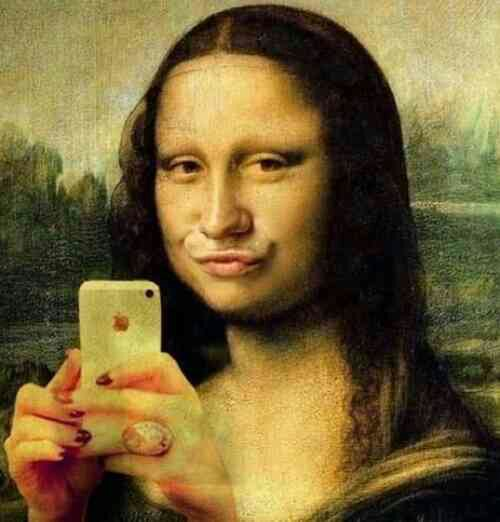 Mona Lisa With Duck Face Taking Selfie Funny Vintage