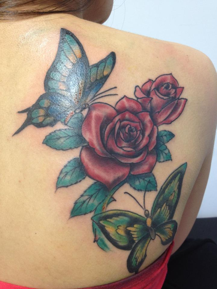37 inspiring butterfly and rose tattoos for Rose tattoo on back shoulder