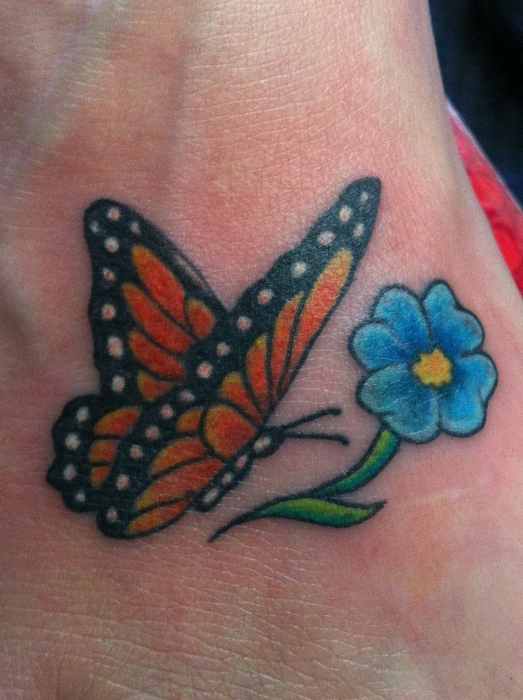 Monarch Butterfly On Flower Tattoo 50+ Monarch Butterfly ...