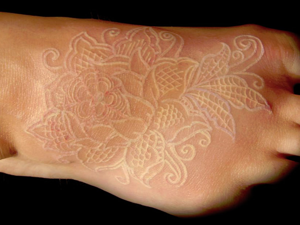 Souvent White Ink Tattoo Design On Right Foot RB06