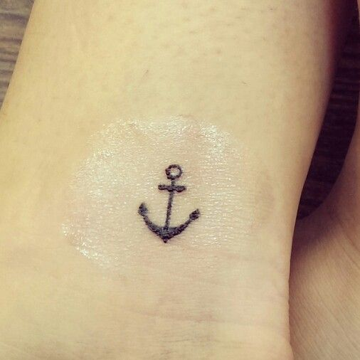 34 simple anchor tattoos rh askideas com simple anchor tattoo meaning Simple Anchor Designs