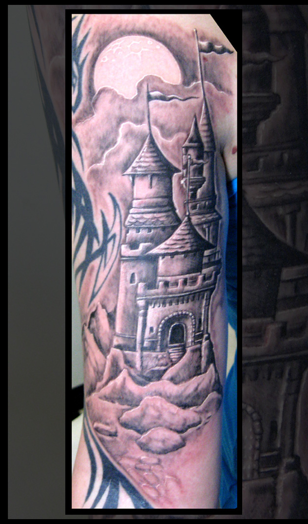 35+ Awesome Castle Tattoos Gargoyle Back Tattoo