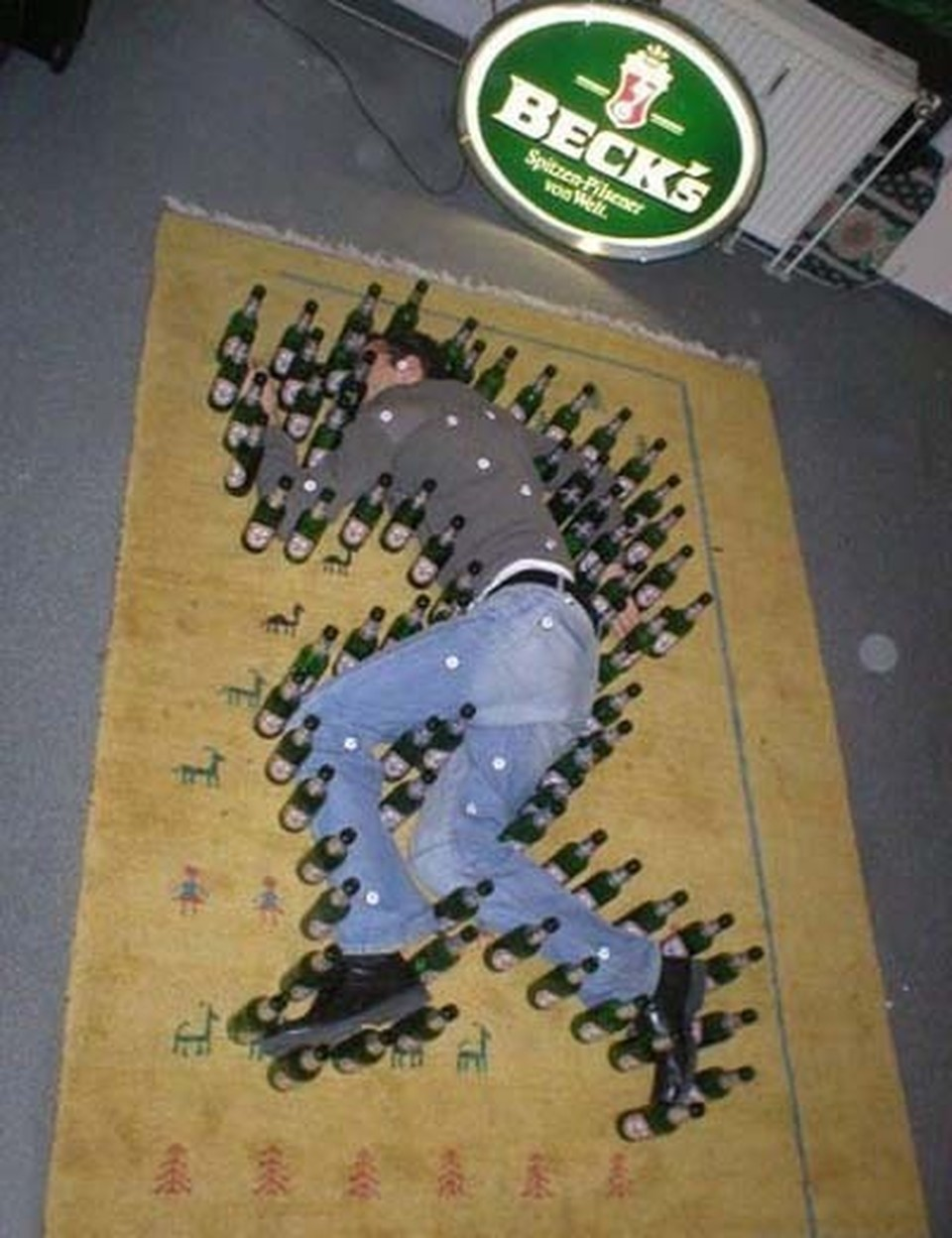 Funny Beer Bottles Prank Picture