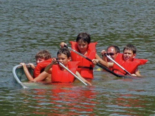 Funny Canoeing Kids Player Picture