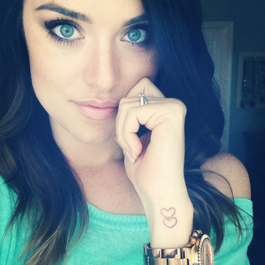 Tattoo Designs Girls: 40+ Beautiful Side Wrist Tattoos
