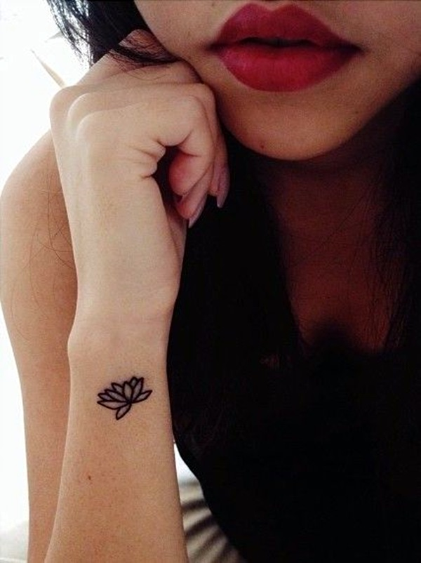 40 beautiful side wrist tattoos for Flower side tattoo