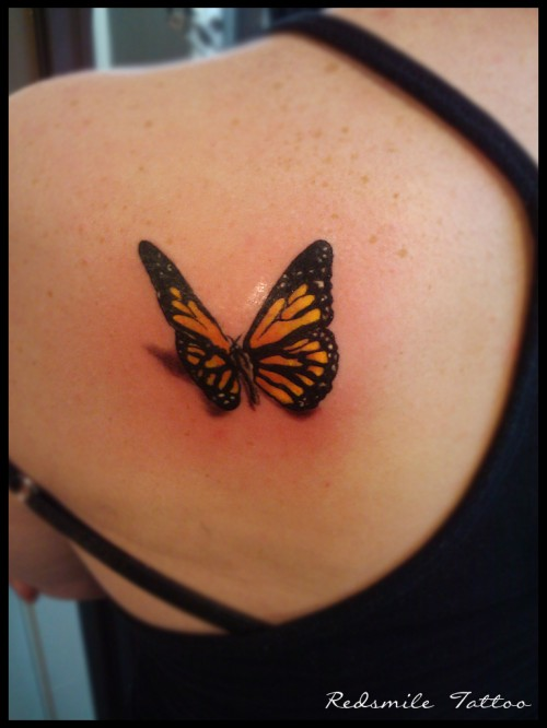 Attractive 3D Butterfly Tattoo On Left Back Shoulder