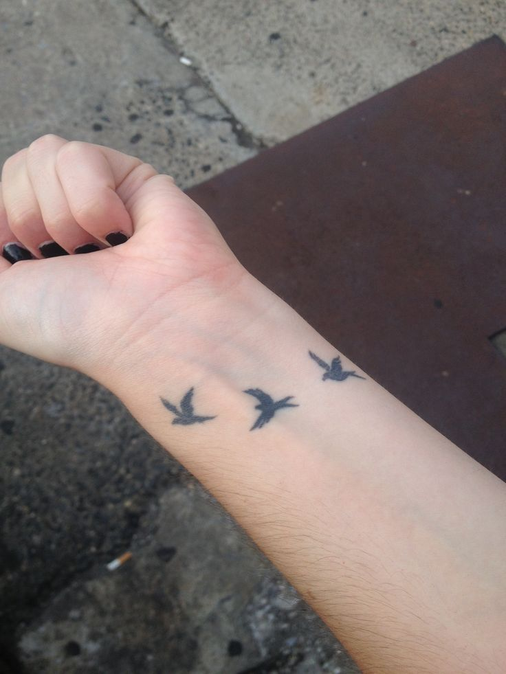 49 bird tattoos on wrist